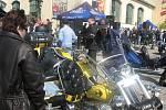Motorkářům v neděli přálo počasí. I proto se jich na tradiční Prvomájovou vyjížďku sjelo více než tisíc