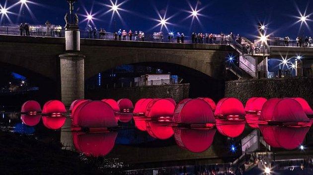 BLIK BLIK – festival světla a umění ve veřejném prostoru
