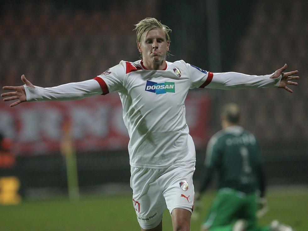 František Rajtoral vstřelil Dynamu Kyjev gól z pokutového kopu.