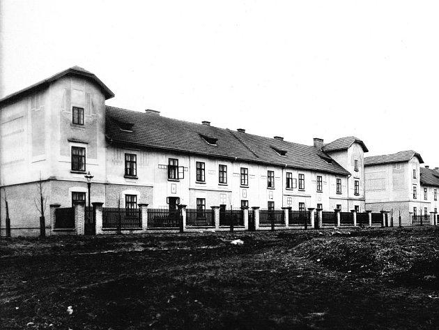 Pohled na Karlov v roce 1913 nebo 1914.