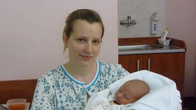 Artur (3,04 kg, 50 cm) se narodil 20. prosince v 10:24 ve Fakultní nemocnici v Plzni. Ze svého prvorozeného chlapečka se radují maminka Michaela Karlová a tatínek Gaël Sigwalt z Plzně