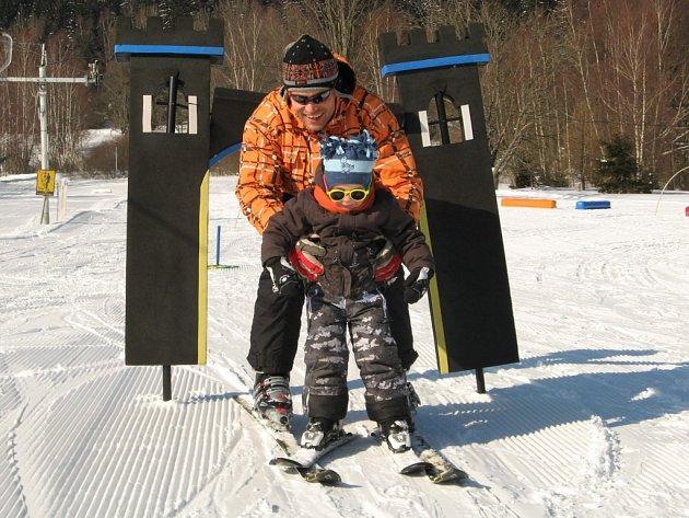 Trávit se synem Vítkem co nejvíce času byl hlavní důvod, proč se Marek Činátl rozhodl čerpat rodičovskou dovolenou