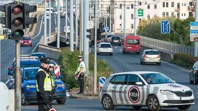 Plzeň, U Trati, řízená křižovatka