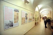 Plzeň - Vědecká knihovna - zahájení výstavy Plzeň v pohybu