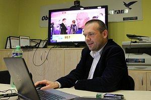 Volební štáby sledují v Plzni sčítání hlasů