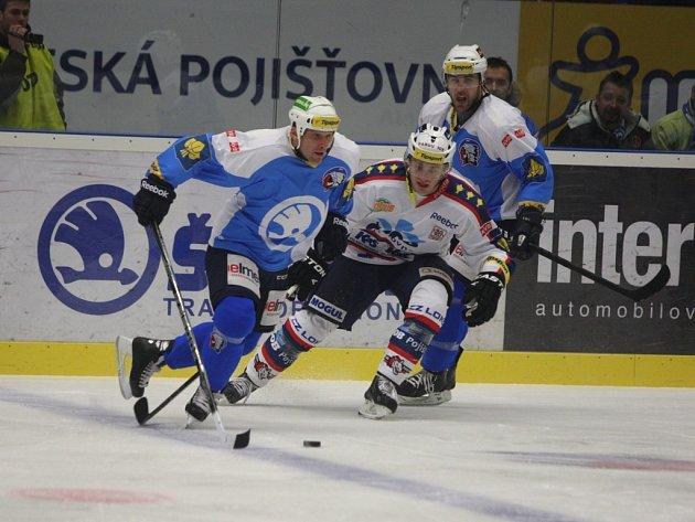 Pardubice vyhrály na ledě Plzně 3:1 a připsali si druhou výhru po sobě, což se jim v dosavadním průběhu sezony podařilo teprve potřetí.