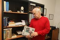 Karel Bröckl ve své kanceláři