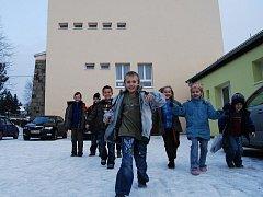 Děti ze základní školy v Dolní Bělé se od loňského prosince učí v nově opravené budově