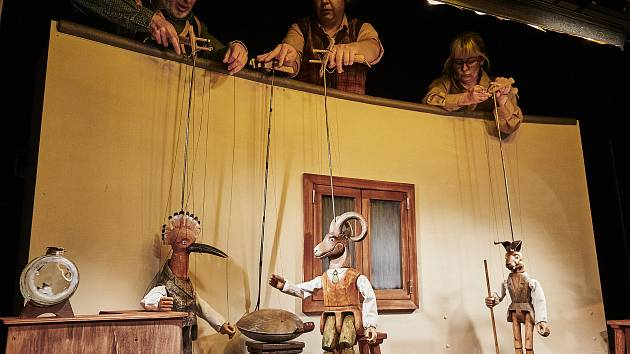 Detektiv Dudek - další z řady českých tradičních zvířátek, navazuje na své starší předchůdce představované zejména kocourem Mikešem a mravencem Ferdou.