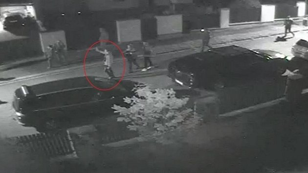 Vandalové poničili auta v Plzni Pod Košutkou