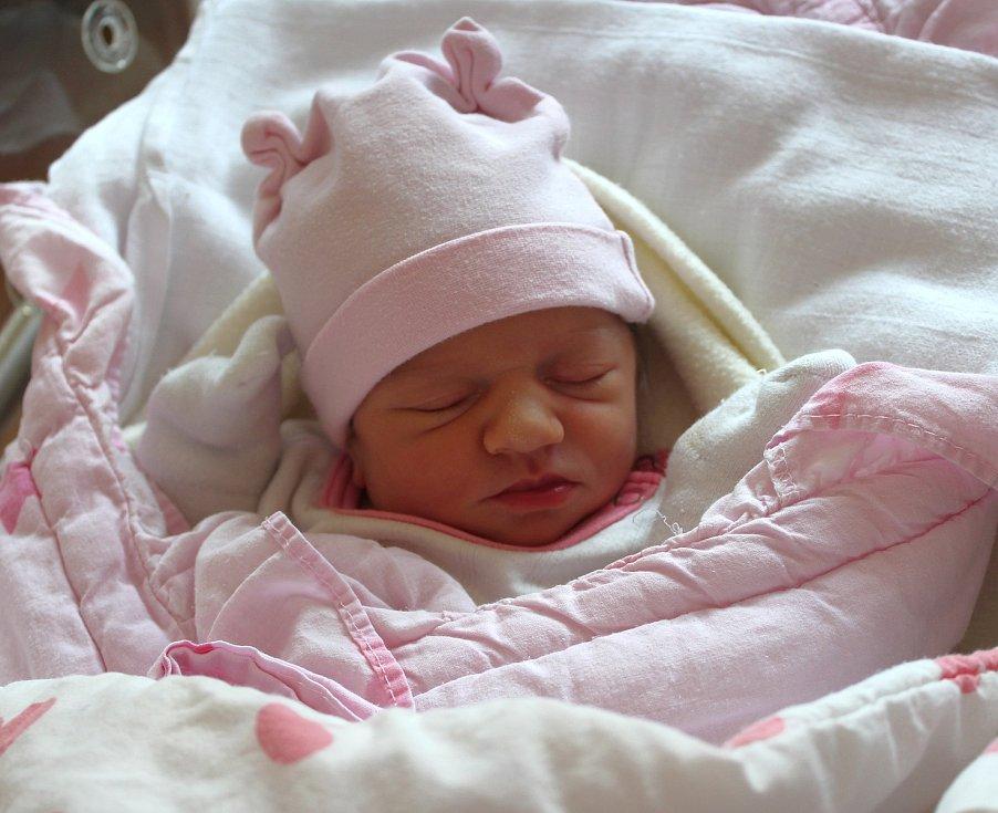 Mia Bešková z Přeštic se narodila v plzeňské FN na Lochotíně 8. září v 9:28 hodin (2490 g) rodičům Markétě a Ondřejovi, kteří věděli, že jejich prvorozené miminko bude holčička.