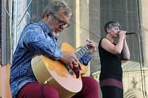 Živá ulice - Michal Pavlíček a Monika Načeva