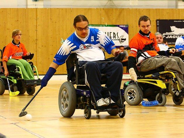SK Indians je sportovní klub florbalistů na elektrických vozících a zároveň vlajková loď sdružení Lenox