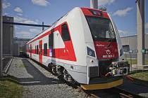 Škoda Transportation poslala do Trnavy první dokončené čelní vozy jednopodlažních jednotek pro Železniční spoločnosť Slovensko.