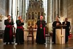 Jmenování proběhlo v zaplněné katedrále sv. Bartoloměje v Plzni