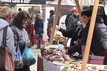 Farmářské trhy v Mlýnské strouze