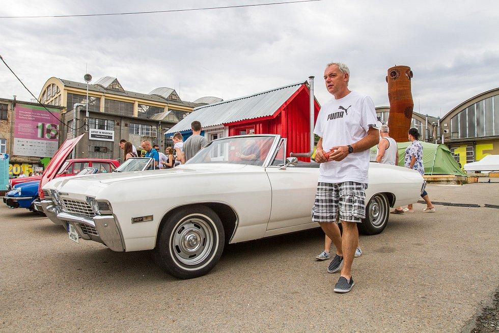 Výstava Skvosty s vůní benzínu v Depo 2015.
