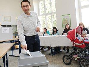 Na snímku hlasoval Plzeňan Marian Bradáč, který v jedné z komisí také zasedal coby místopředseda.