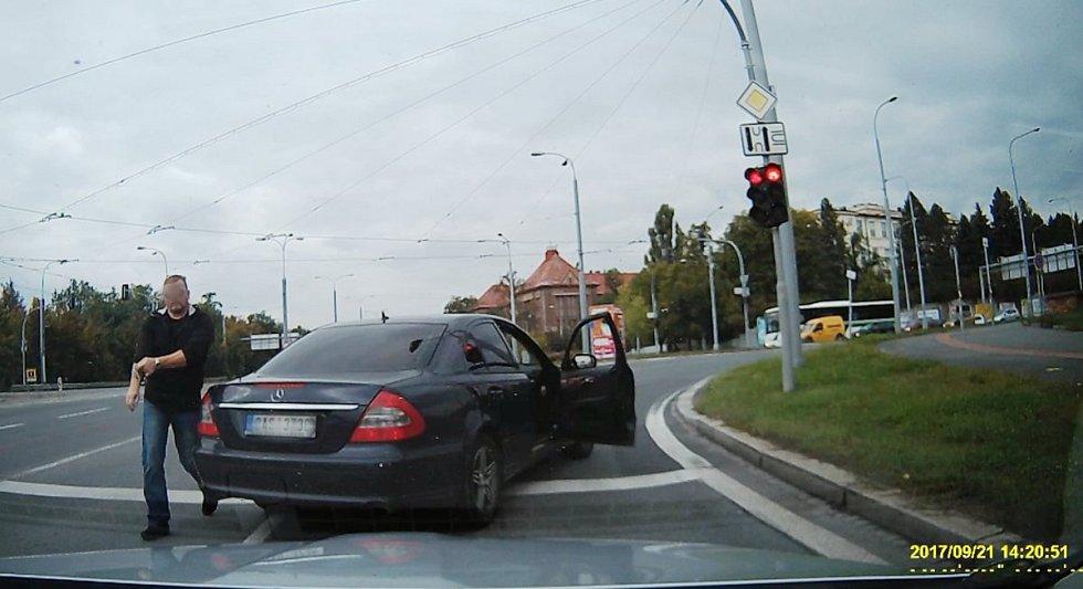 Záběr z kamery vozidla