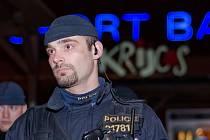 Razie policistů mířila na bary a herny