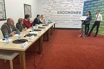 V Radovánku debatovali kandidáti do krajských voleb se studenty