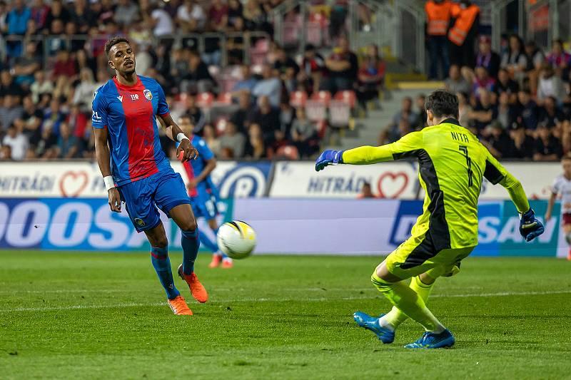 Na výroční zápas zval po utkání se Spartou i Jean-David Beauguel, francouzský útočník Viktorie Plzeň.