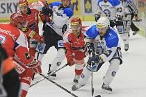 Hokejová extraliga pokračovala zápasem Mountfield-HC Plzeň.