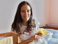 Anna Ungrová se narodila 2. září v 11:53 mamince Petře a tatínkovi Davidovi z Plzně. Po příchodu na svět v plzeňské FN vážila sestřička tříletého Tomáška 3390 gramů a měřila 50 cm.