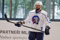 Hokejisté HC Škoda Plzeň odstartovali přípravu na ledě. Na snímku posila Milan Gulaš.