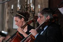 Připomenutí lednových transportů židů ve Velké synagoze