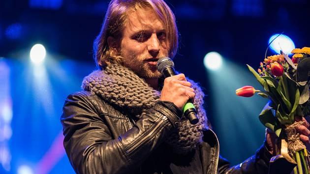 Vyhlášení hudební ankety Žebřík 2015 - zpěvákem roku se stal Tomáš Klus