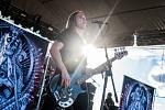 Basinfirefest hostil i anglickou metalovou skupinu Savage Messiah, ve které hraje na basovou kytaru Miroslav Sláma. Ten pochází z Tachova. Savage Messiah během své existence stihli předskakovat zvučným jménům jako například Amon Amarth a Soulfly.