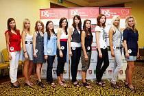 Finalistky VI. ročníku Dívka Šumavy 2011