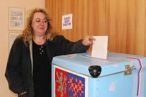 Hlas svému kandidátovi přišla dát i Ivana Jíšová z Letkova.