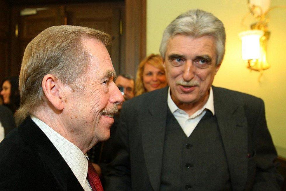 Václav Havel při své návštěvě Plzně v roce 2009