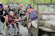 Uvítání amerických a belgických veteránů v Borském parku.