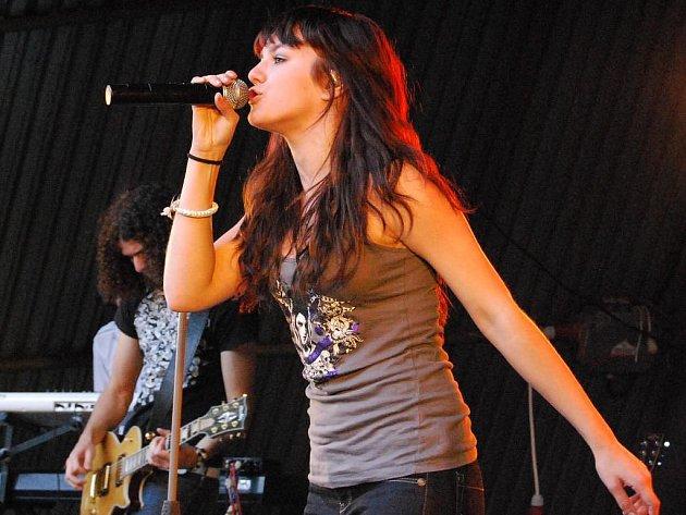 Ewa Farna koncertovala v Kramolíně