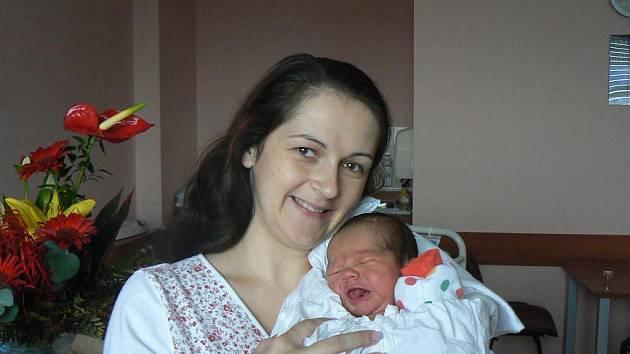 Ke dvouleté Emě přibyla Magdě a Janu Kadlecovým zTřemošné druhá holčička, která dostala jméno Jolanka (3,49 kg, 49 cm). Narodila se 7. ledna ve 12.14 hod. ve FN vPlzni