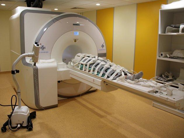 Přístroj PET-MR2.