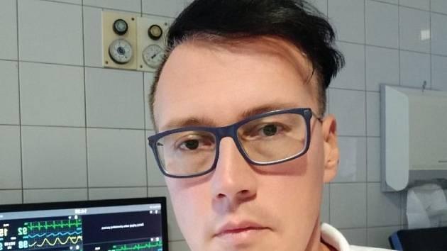 ON-LINE: Lékař FN Plzeň odpovídal na dotazy o pohybovém aparátu