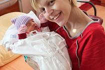 Nela Boříková se narodila 2. března 2020 ve 3:34 rodičům Michaele a Pavlovi z Plzně. Po příchodu na svět ve FN na Lochotíně vážila sestřička Daniela (1,5) 2430 gramů a měřila 48 centimetrů.