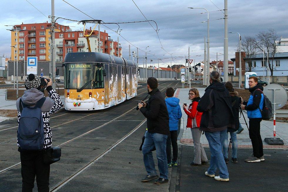 Otevření tramvajové trati na Borská pole v prosinci 2019.