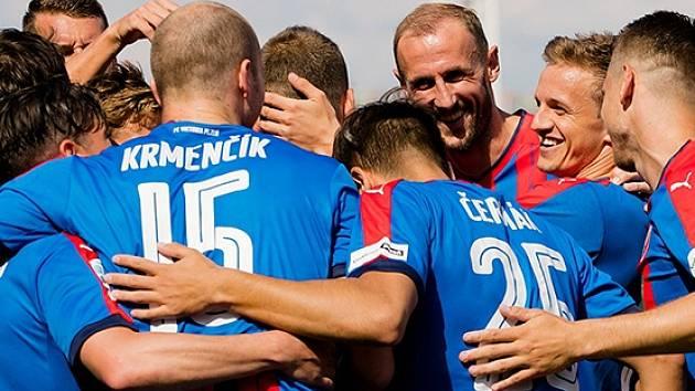Viktoriáni zakončili sezonu 2017/18 na hřišti Dukly Praha.