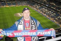Nadšeni byli v neděli po zápase španělské ligy mezi domácím Realem a týmem Villarrealu na stadionu Santiago Bernabeu fanoušci Viktorie Plzeň