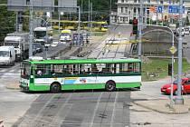 Tramvaje číslo 1 a 2 se ve čtvrtek vrátily na koleje a jezdí na Slovany a na Světovar po novém kolejišti