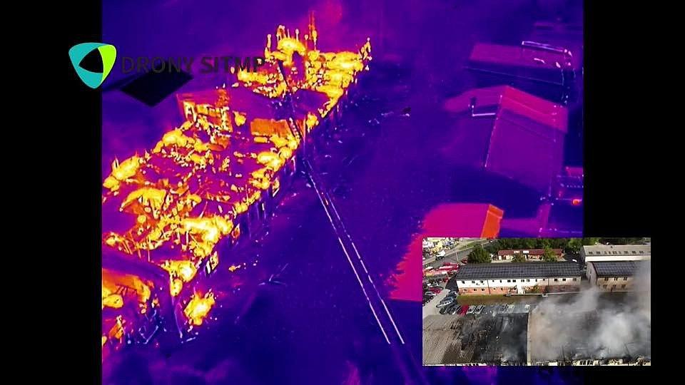 Snímek z dronu s termokamerou.