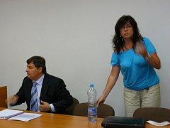 Daniela Sčasná se svým advokátem