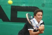 Český tenista Miroslav Chyba na mistrovství Evropy staršího žactva v Plzni ve dvouhře skončil. Ve třetím kole nestačil na Španěla Pedra Martineze Portera, kterému podlehl 4:6, 2:6
