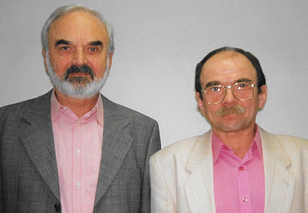 Zdeněk Svěrák a Jaroslav Uhlíř v Plzni na archivní fotografii Evy Hubatové.
