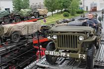 Military Car Club Plzeň odjíždí na oslavy 70. výročí Dne D do Normandie